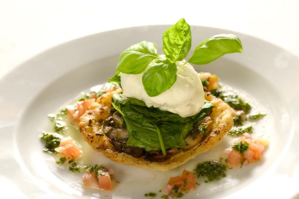 Champignon tartatin med rucola og parmesan