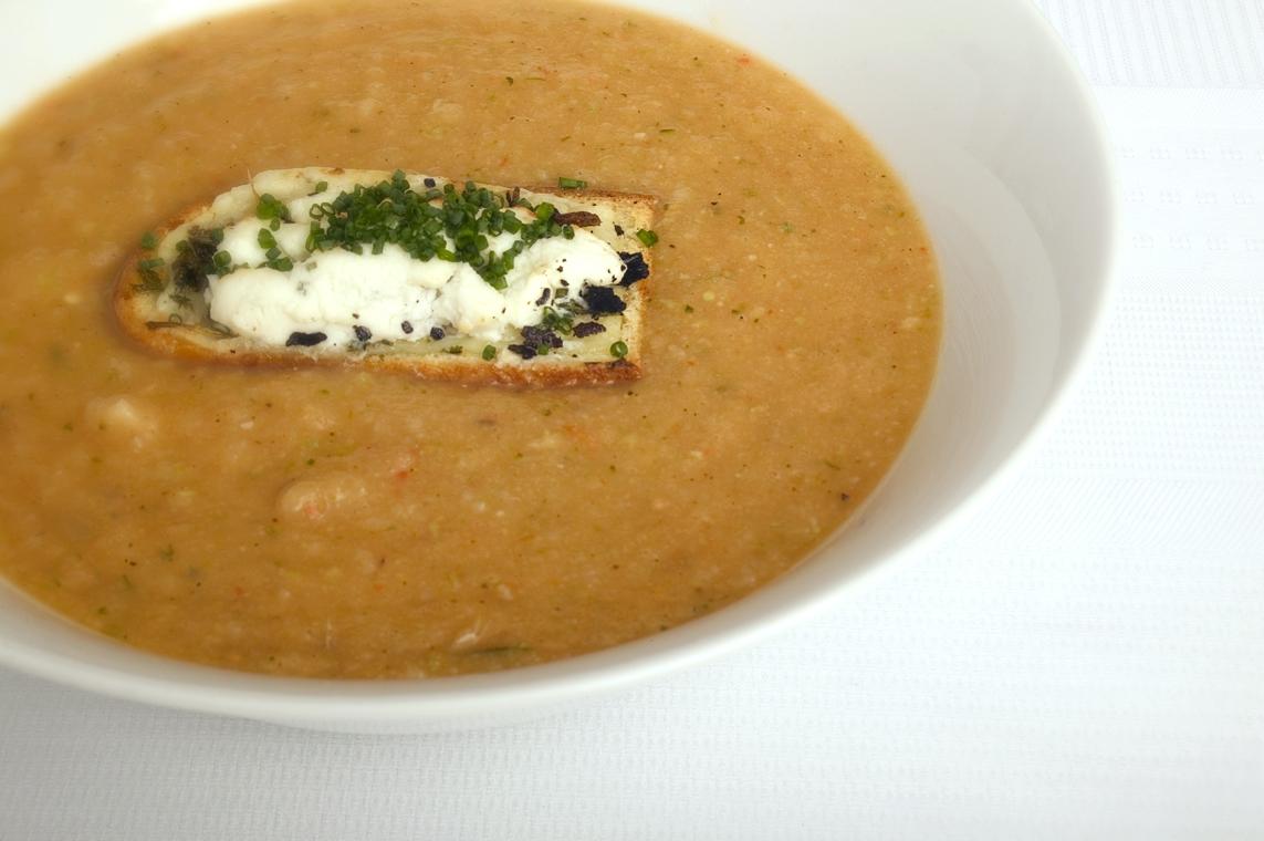 Suppe med vintergrøntsager