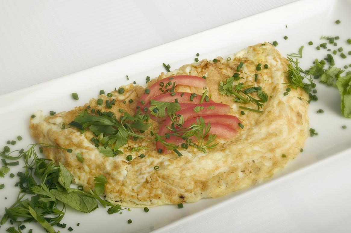 Omelet med hakket grønt