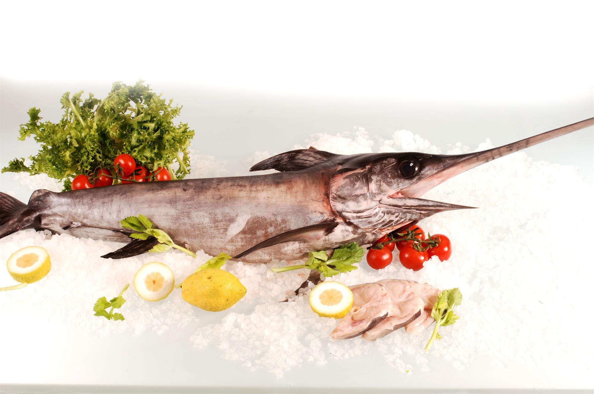 Sværdfisk med braiseret endivie
