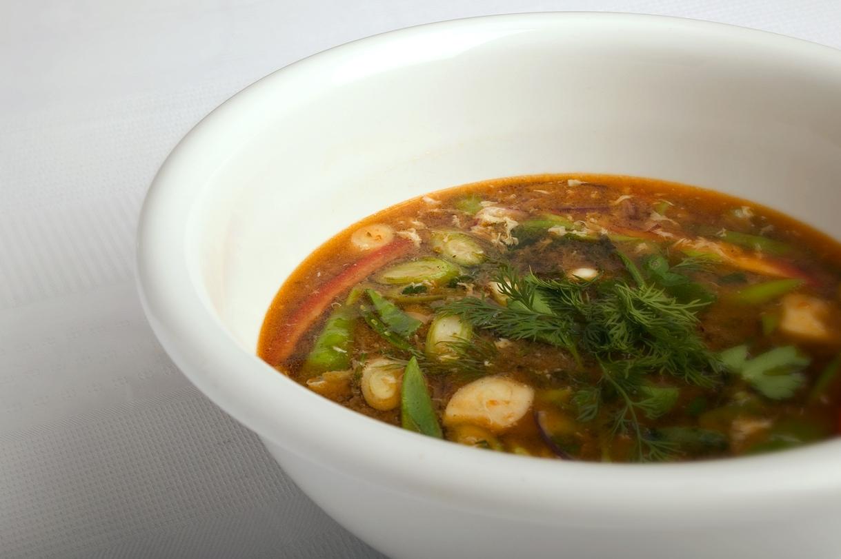 Kinesisk grøntsagssuppe med æg