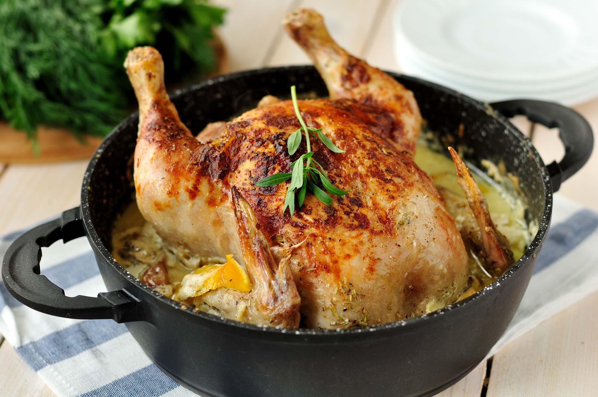 Helstegt kylling i gryde