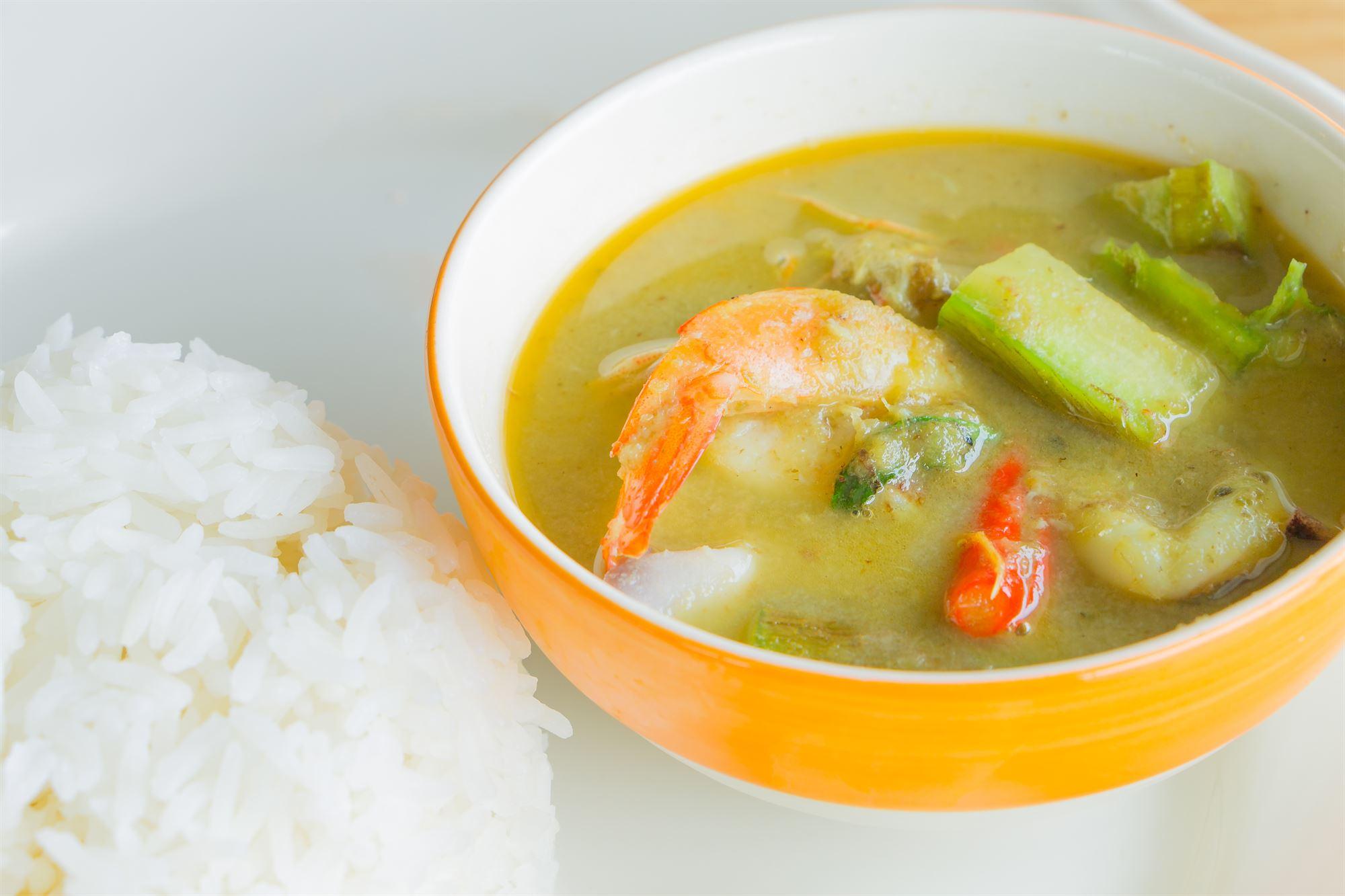 Grøn thai-curry med rejer