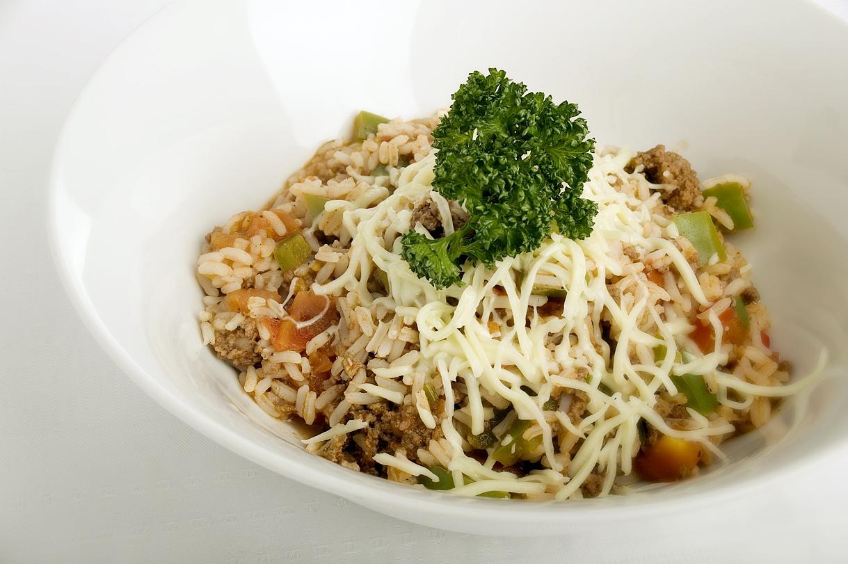 Oksekød og ris i fad