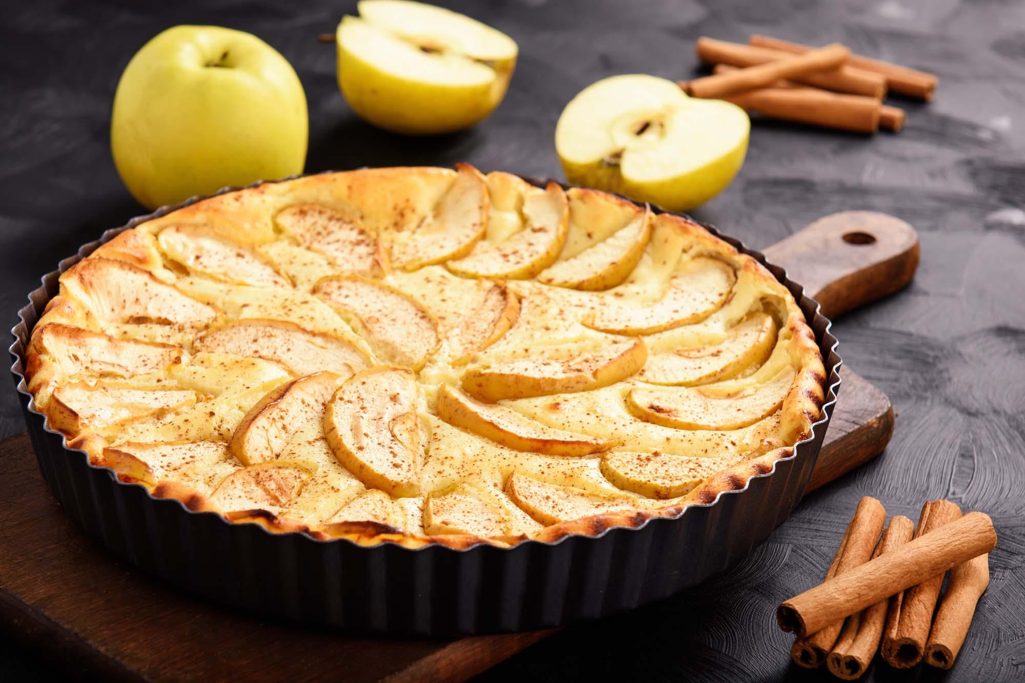 Æbletærte med pistacie