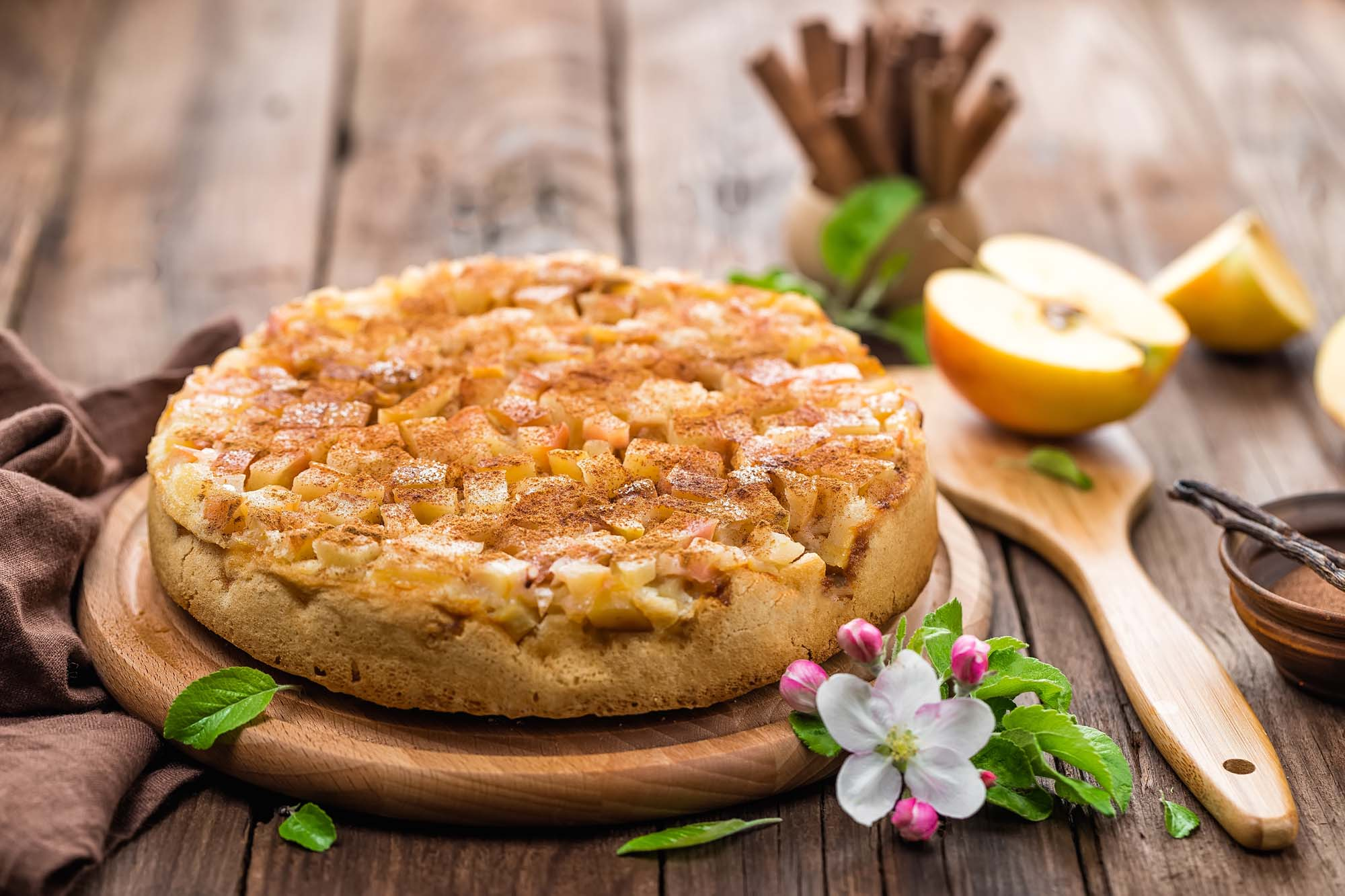 Æbletærte med makroner