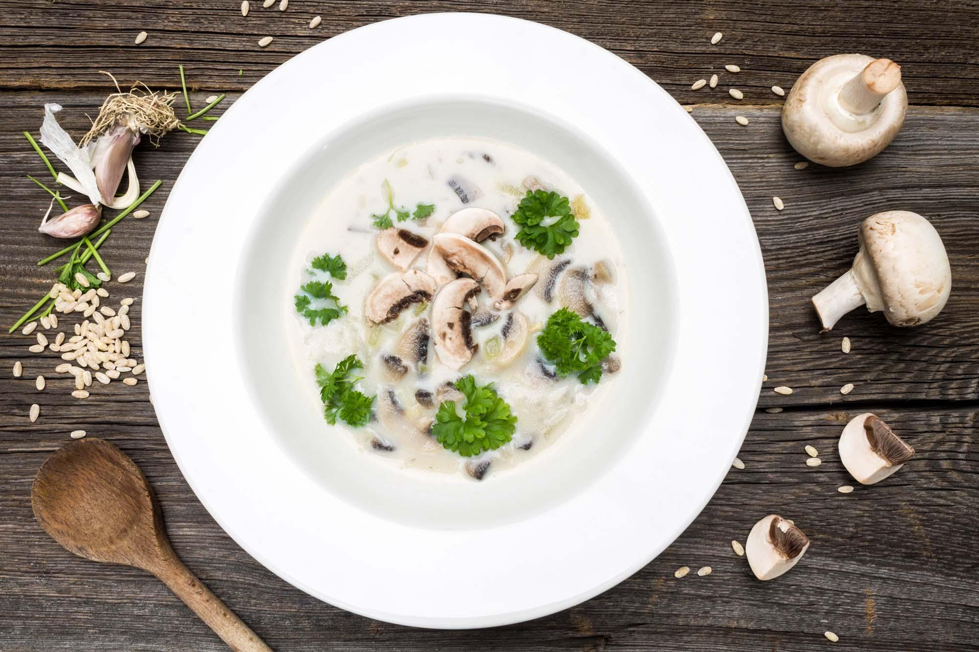Svampesuppe med hvidløg