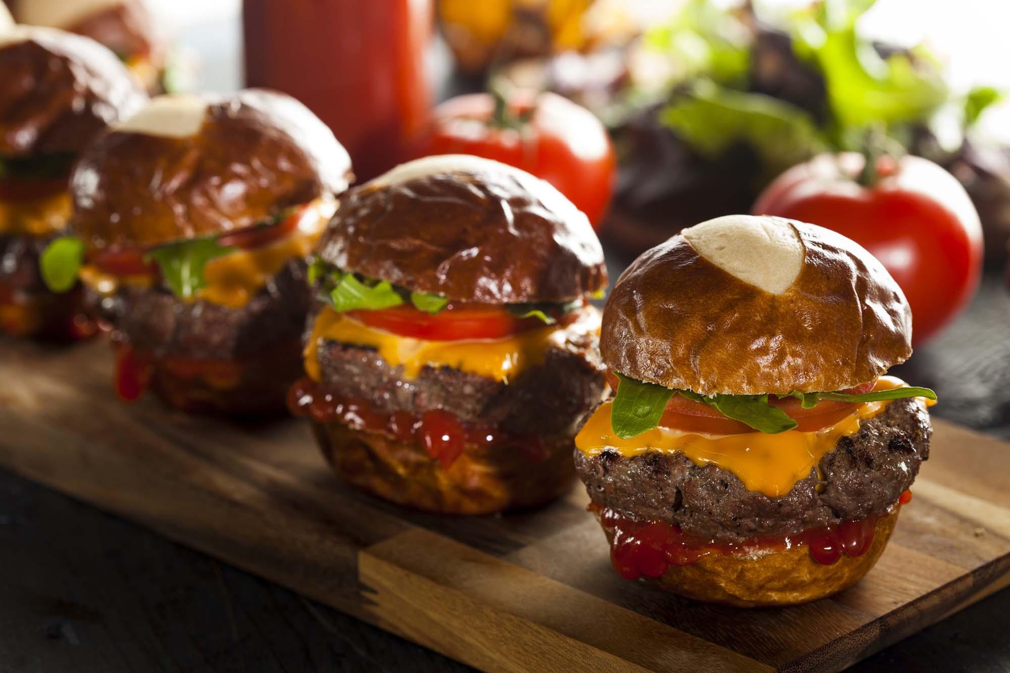 Grillede cheeseburgere