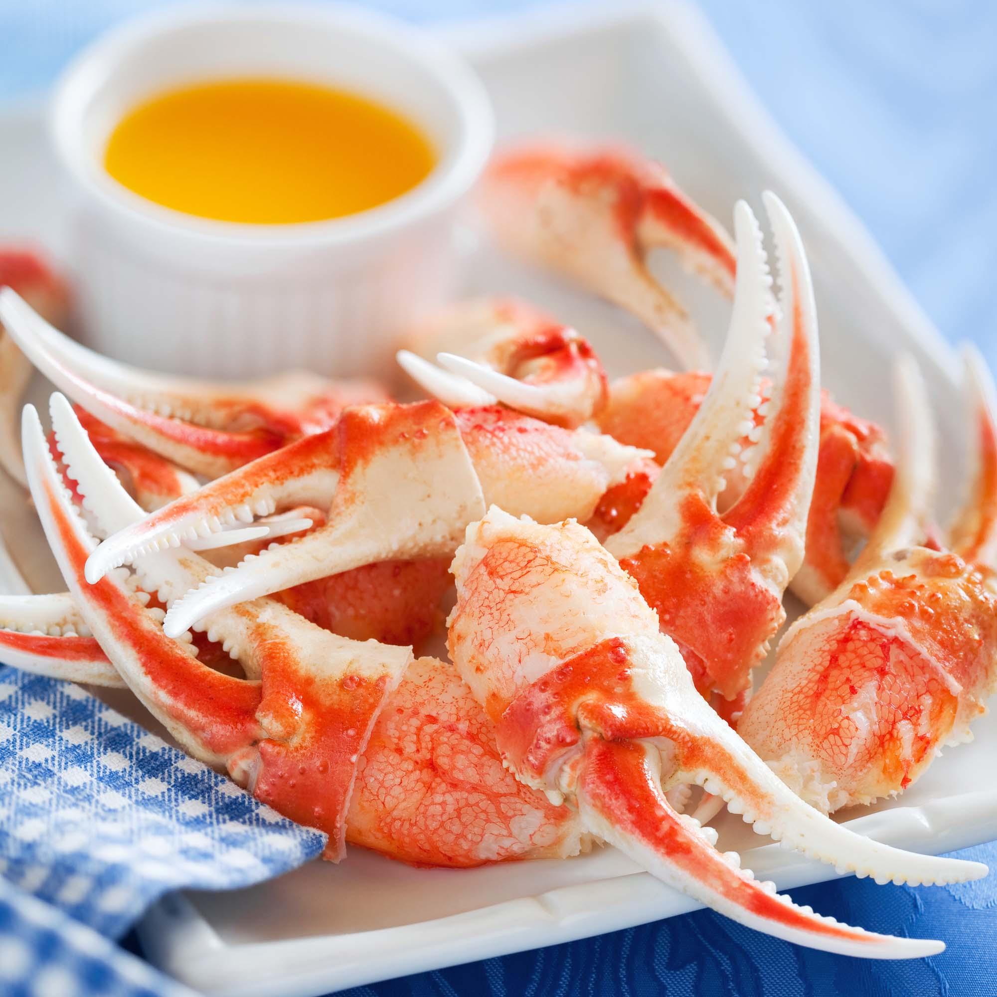 Grillede krabbekløer med honning og limemarinade