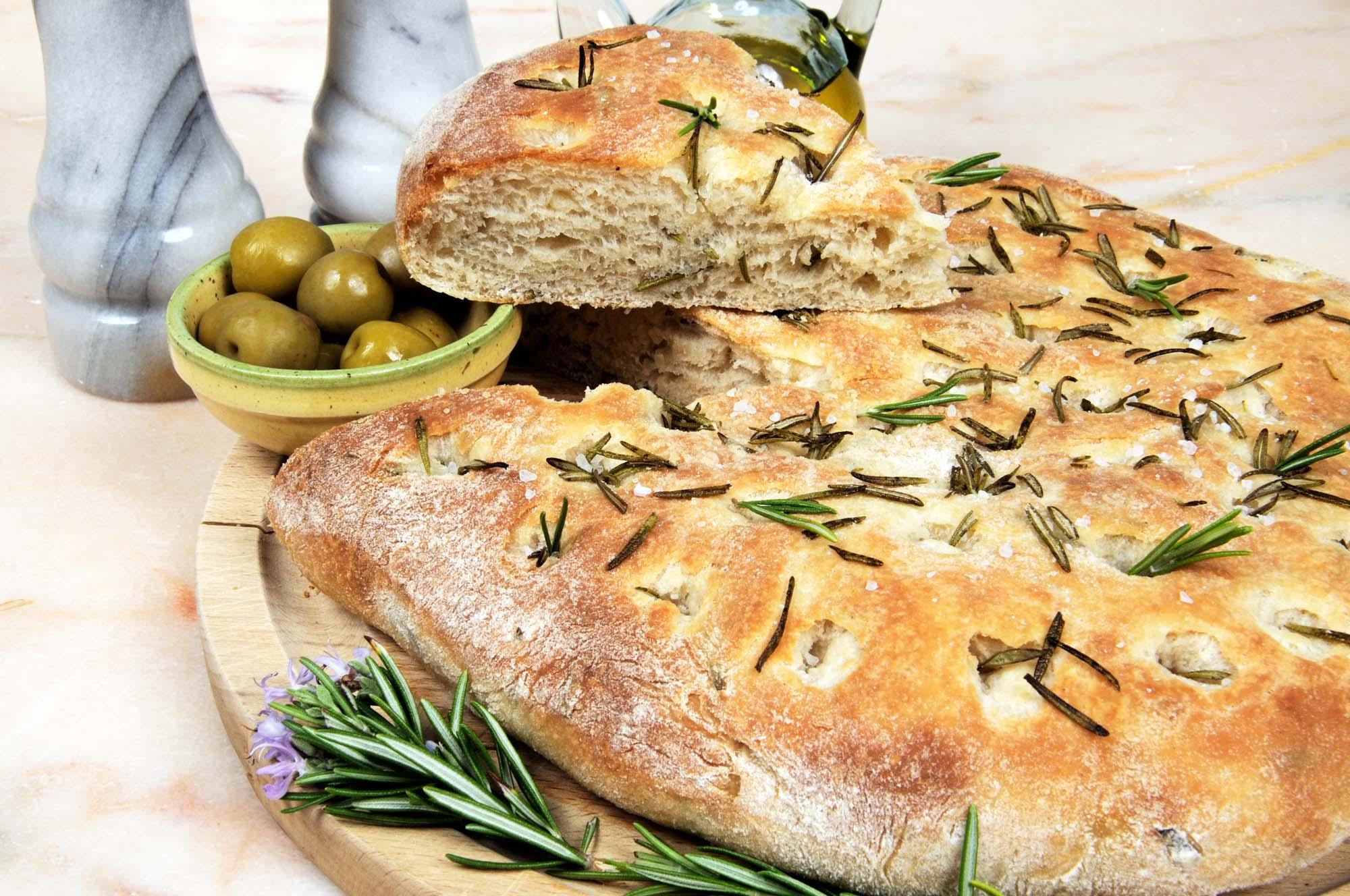 Foccacia med rosmarin og olivenolie