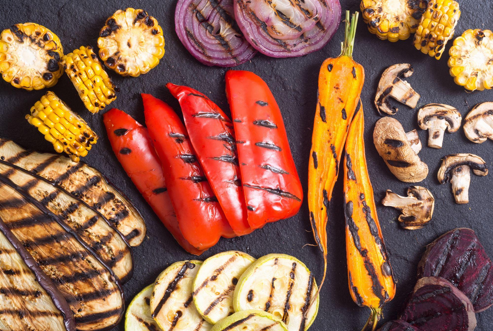 Ovnbagt aubergine - løg - peberfrugt