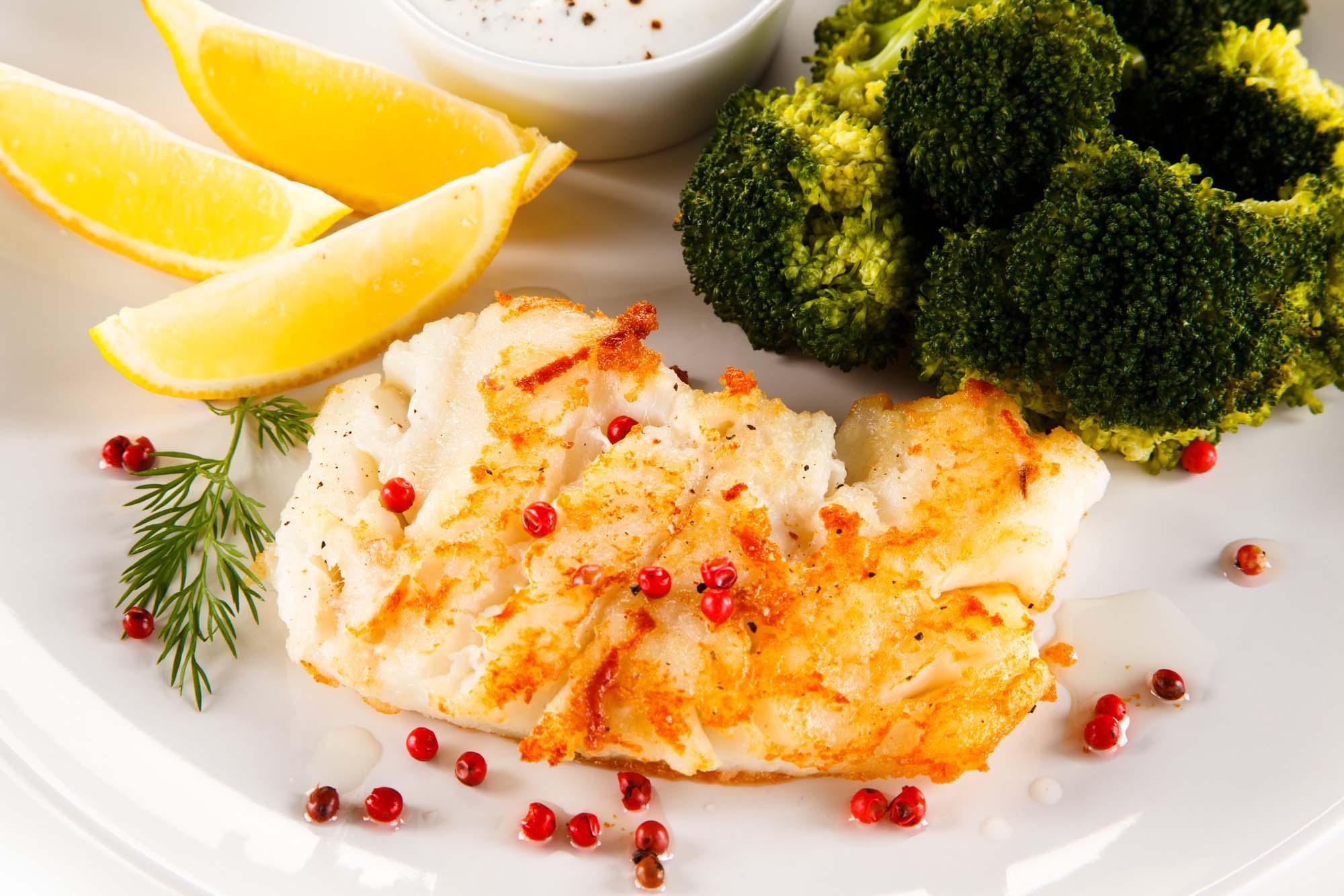 fiskefilet med lækker tilbehør