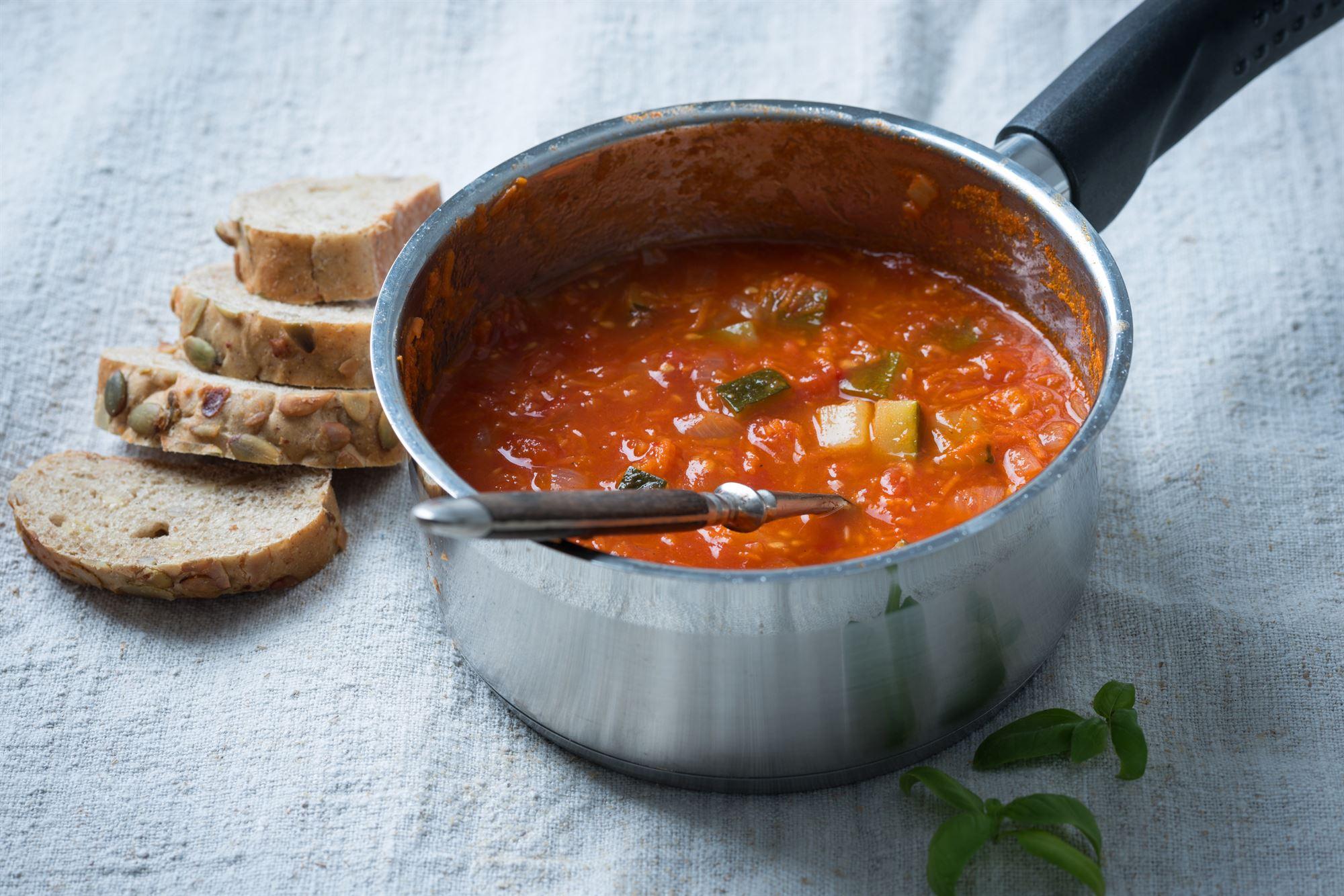 Gryderet med tomater