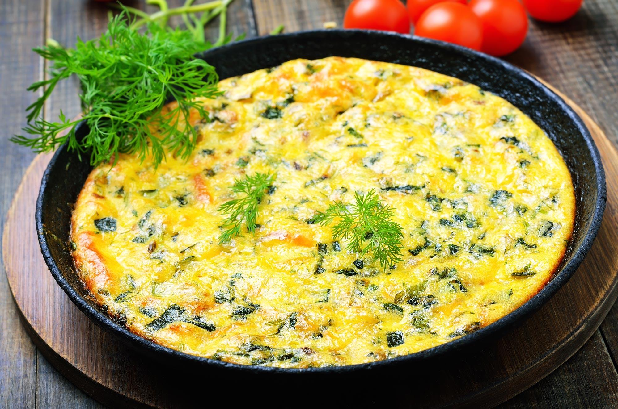 Æggekage med courgetter og feta