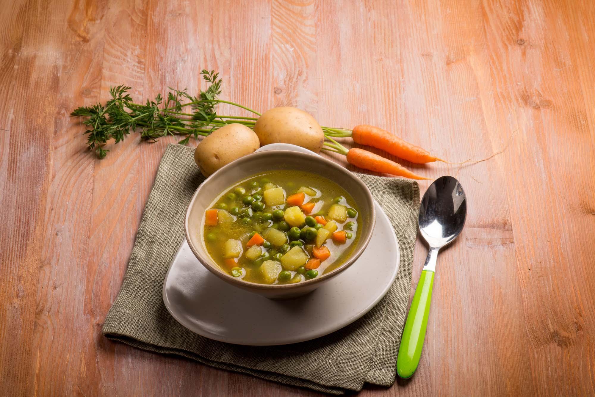 Sund grøntsagssuppe
