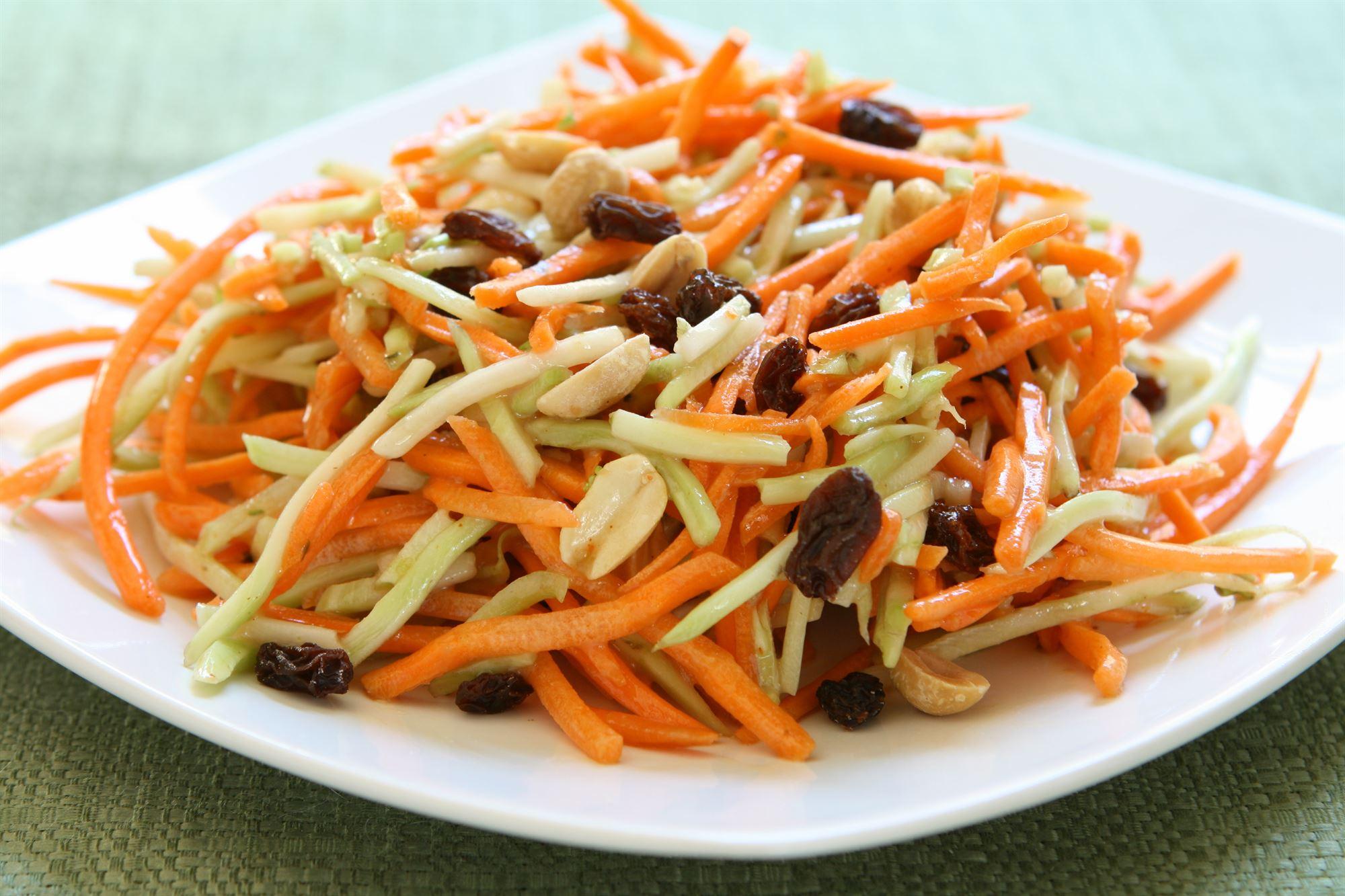 Gulerodssalat med vindruer