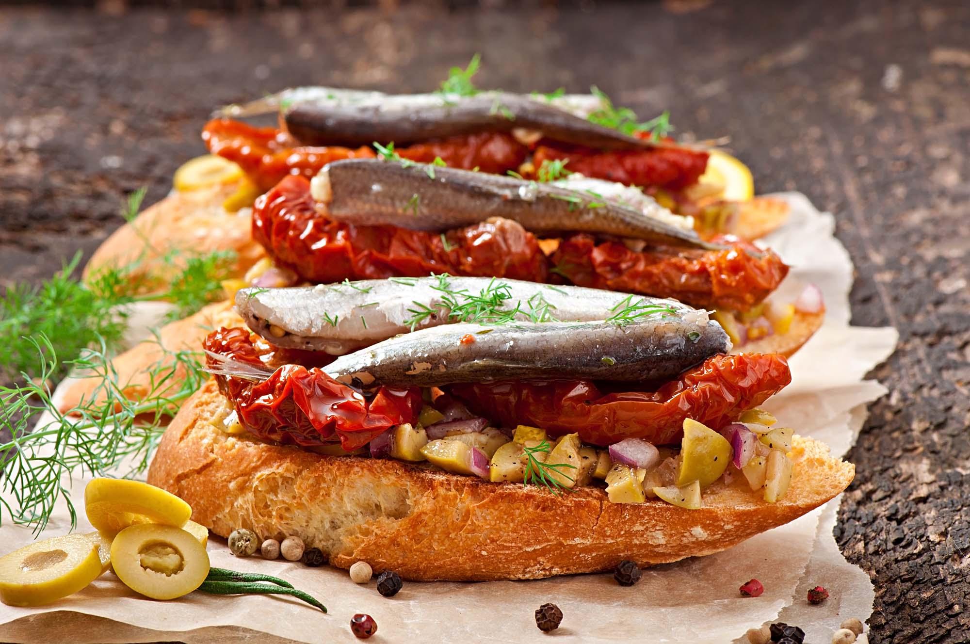 Fisk - Middelhavssild med soltørrede tomater