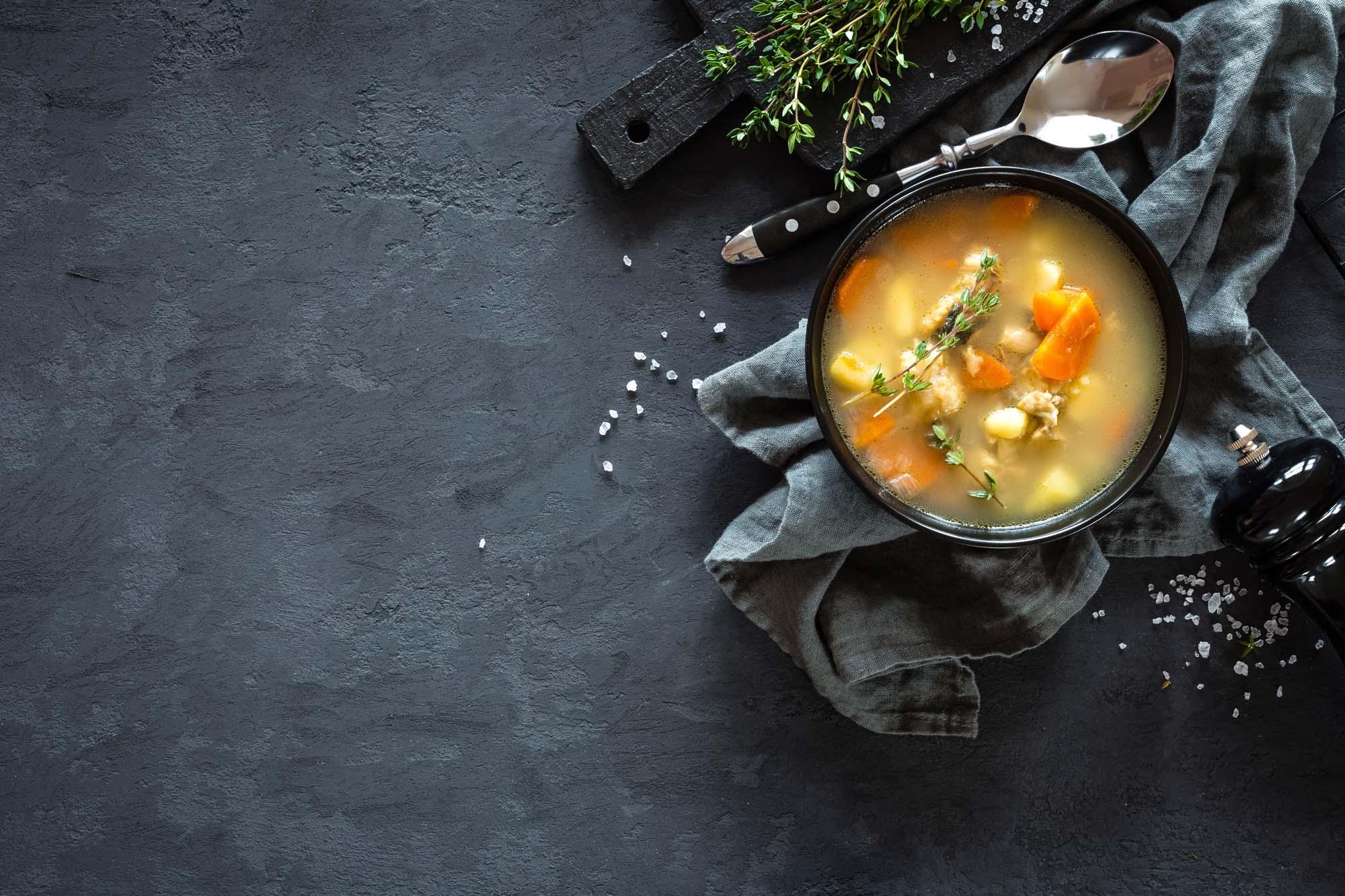 Gulerods og løgsuppe