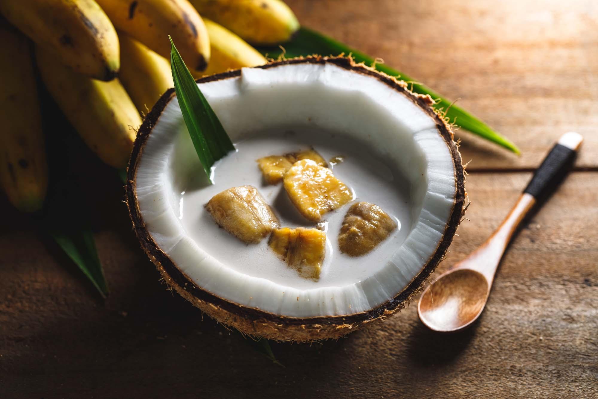 Bananer i kokosmælk