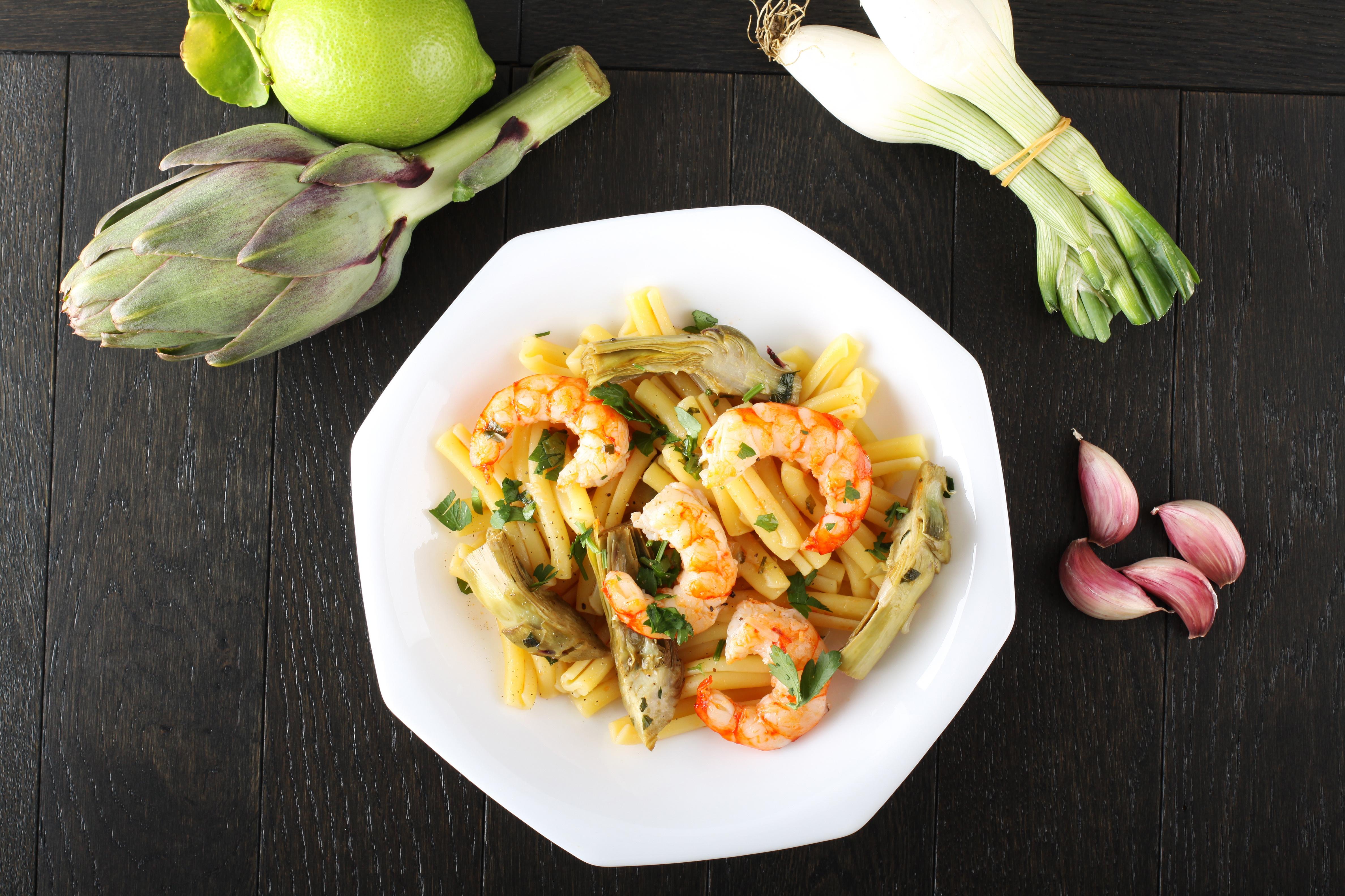 Græsk pastaret med rejer