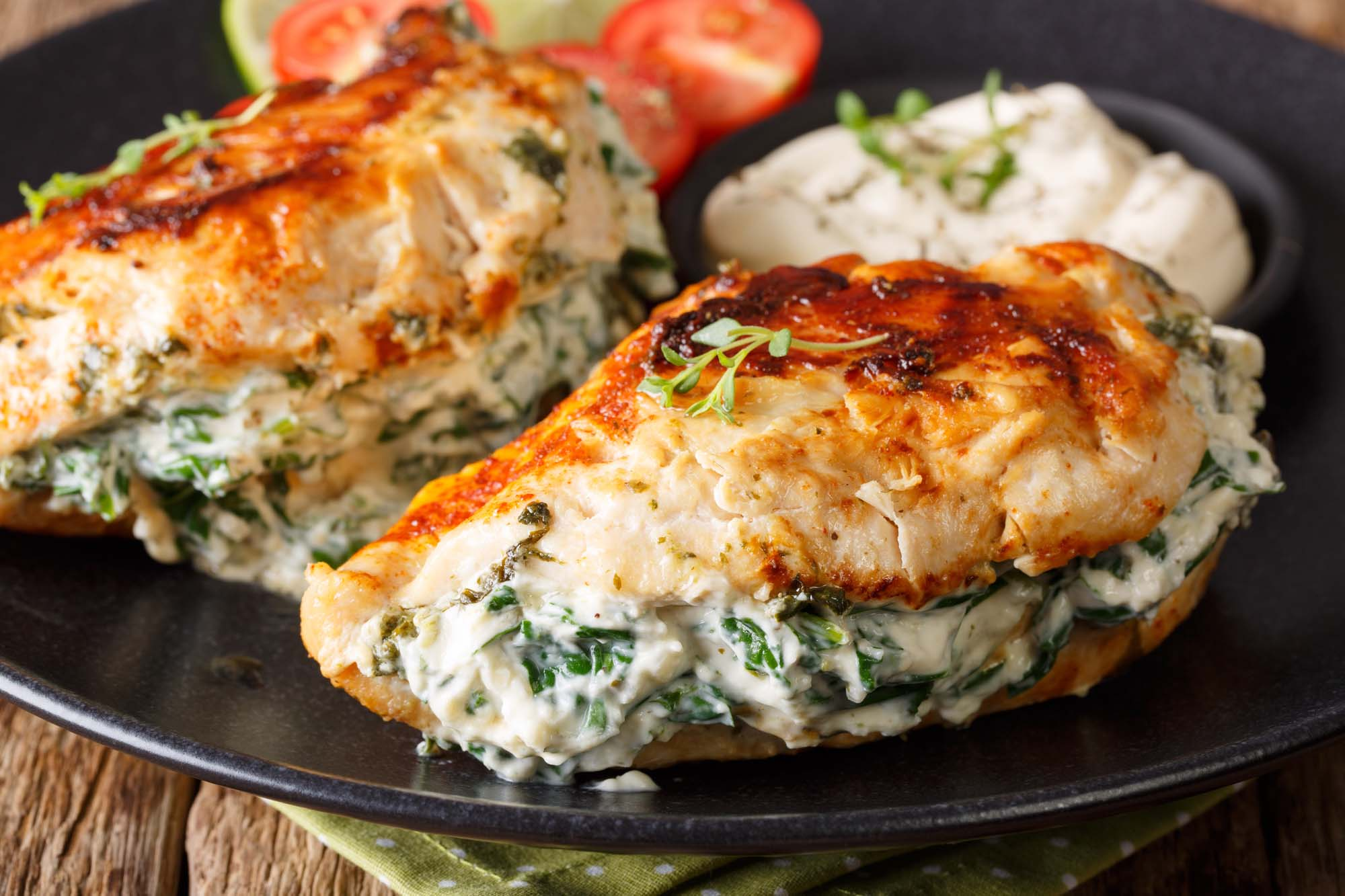 Kylling med spinatfyld