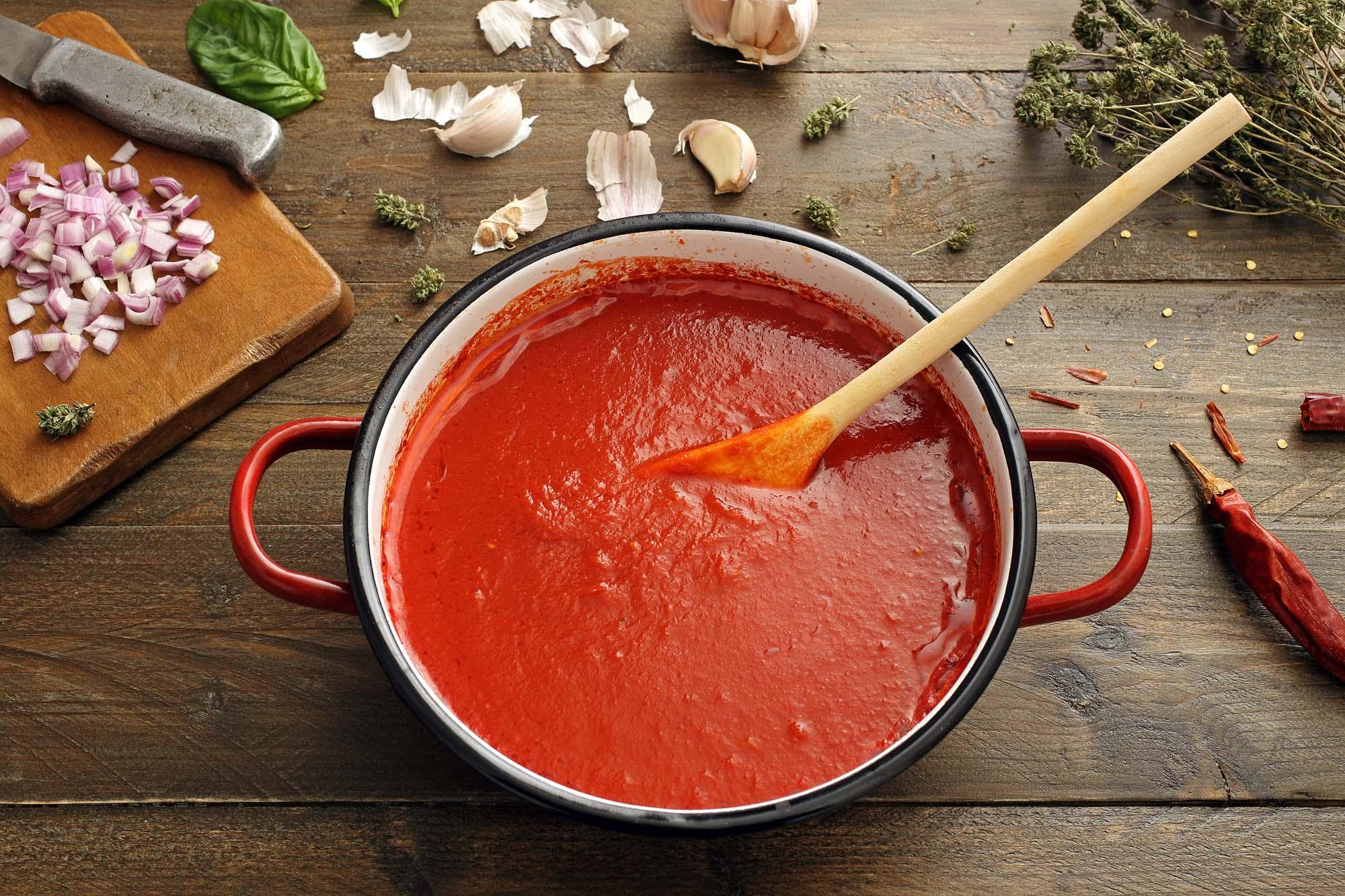 Stærk tomatsauce