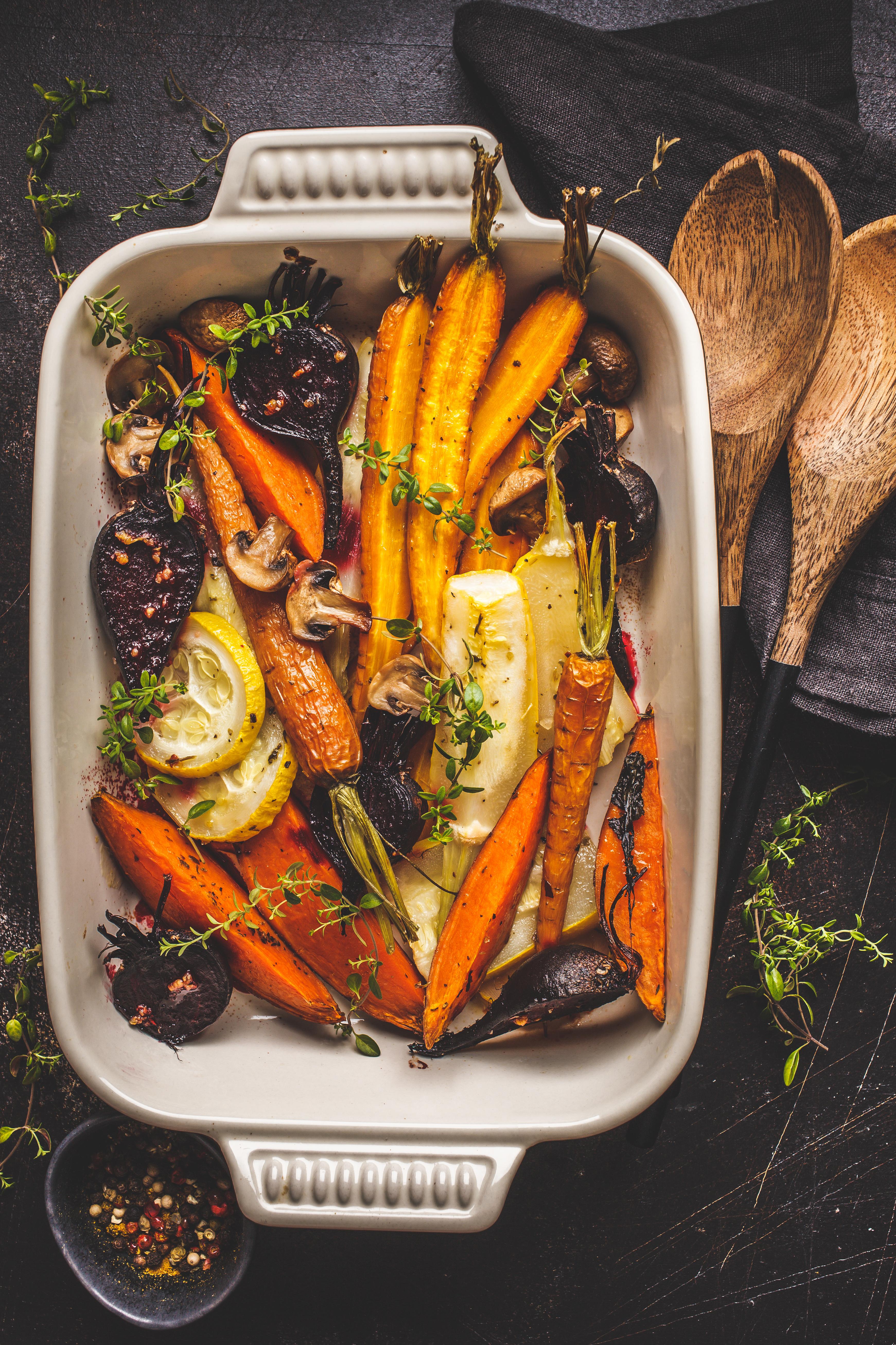 Bagte grønsager med krydret Apetina