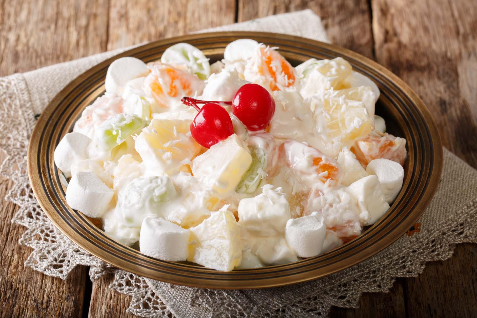 Marinerede frugter med vanillecreme