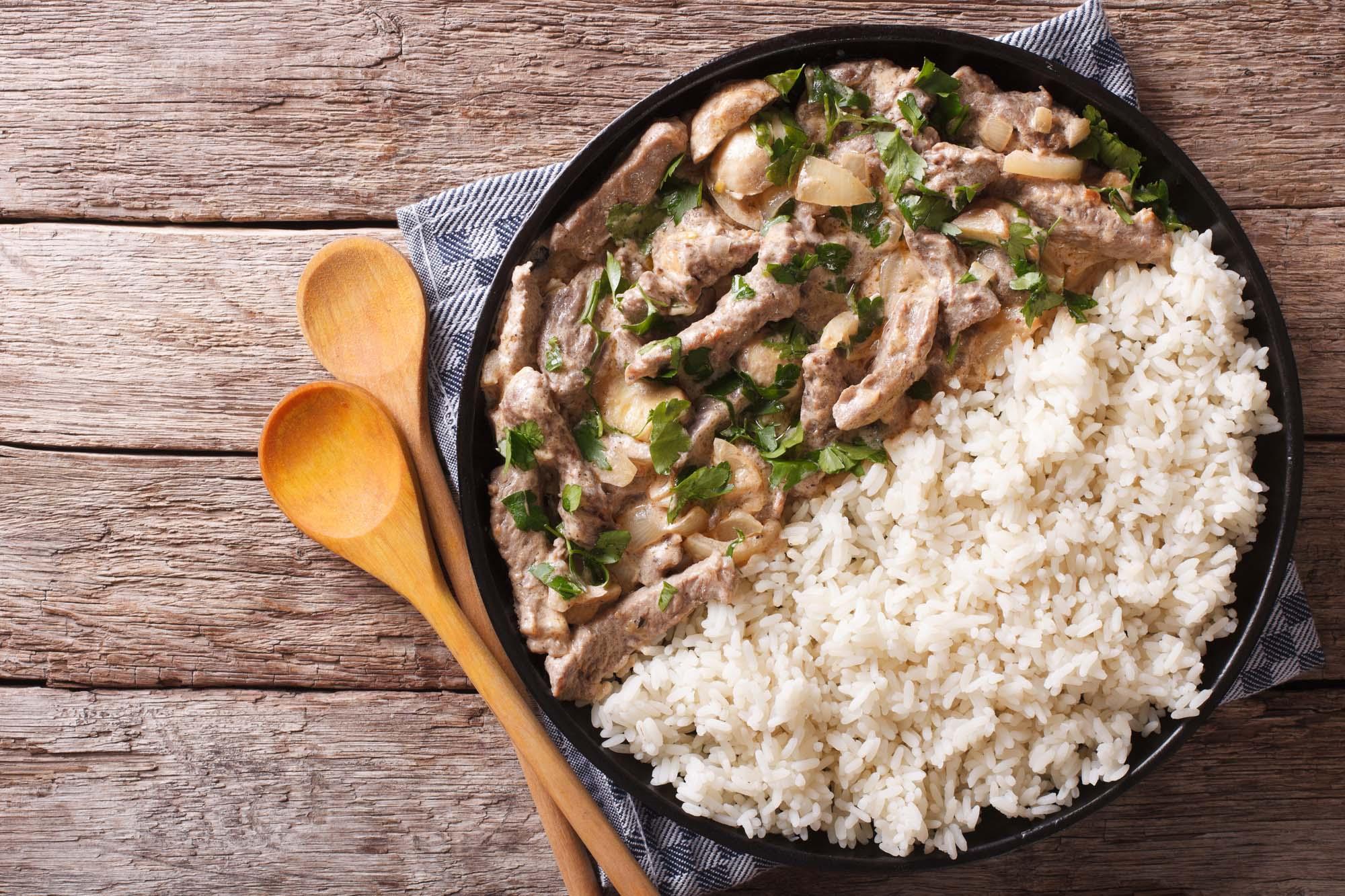 Bøf Stroganoff med ris