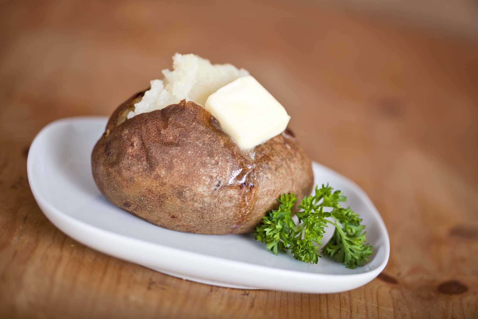 Kartofler i saltdej